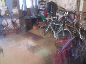 Taller de bicicletas en Syrena